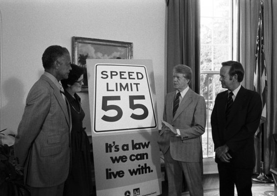 Carter president speed limit drive 55